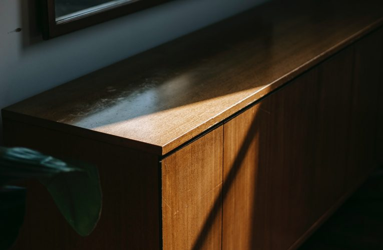What Varnish To Use On Timber?